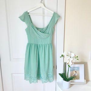 Soieblu gorgeous mint green dress